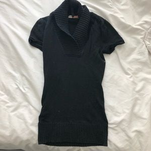 BCBG short sleeve sweater